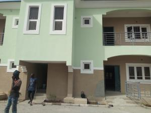 2 bedroom Blocks of Flats House for rent main street Lugbe Abuja