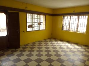 2 bedroom Shared Apartment Flat / Apartment for rent Ikolaba area behind federal secretariat Bodija Ibadan Oyo