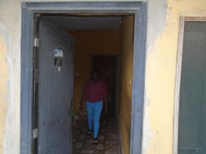 2 bedroom Blocks of Flats House for rent odo eran,after lawanson Itire Surulere Lagos