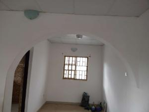 2 bedroom Flat / Apartment for rent Akuru area,Elebu Akala Express Ibadan Oyo