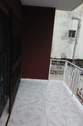 2 bedroom Flat / Apartment for rent Agbonyi street off  Adelabu Surulere Lagos