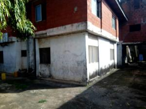 2 bedroom Flat / Apartment for sale idofian street Ago palace Okota Lagos