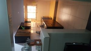 2 bedroom Blocks of Flats House for rent Off Oba akinjobi Ikeja GRA Ikeja Lagos