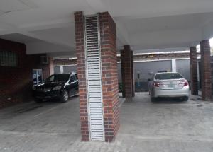 3 bedroom Flat / Apartment for rent Off Herbert Macaulay Alagomeji Yaba Lagos