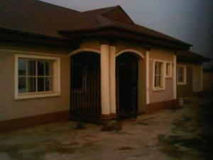 6 bedroom Flat / Apartment for sale Olambe Ogun