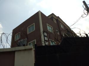 3 bedroom Flat / Apartment for rent - Ebute Metta Yaba Lagos