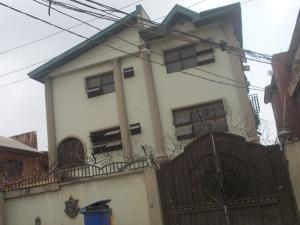 3 bedroom Flat / Apartment for rent 9 Bankole Street Shomolu Shomolu Lagos - 1