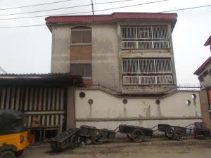 3 bedroom Flat / Apartment for rent Fola Agoro Area Yaba Yaba Lagos
