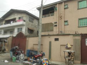 3 bedroom Flat / Apartment for rent Fakorede Street. Shomolu Shomolu Lagos