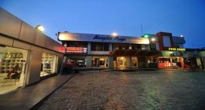 Shop in a Mall Commercial Property for rent 27 Sanusi Fafunwa Victoria Island Lagos