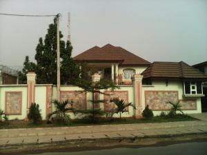5 bedroom House for sale Off Lagos Abeokuta Express Road, Ogba Ogba-Egbema-Ndoni Lagos