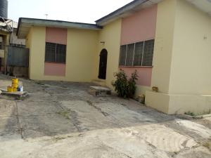 2 bedroom Boys Quarters Flat / Apartment for rent Oni & Sons Ring Rd Ibadan Oyo