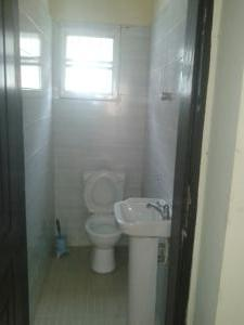 2 bedroom Flat / Apartment for rent off Sakiru Anjorin Street Lekki Phase 1 Lekki Lagos