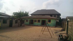 2 bedroom House for sale Ashipa avenue off ijagemo road. Ijegun Ikotun/Igando Lagos