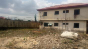 2 bedroom House for sale mende Mende Maryland Lagos