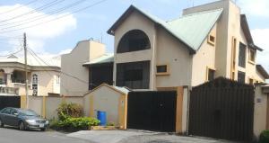 3 bedroom Flat / Apartment for sale Adeyemo  Ogudu GRA Ogudu Lagos