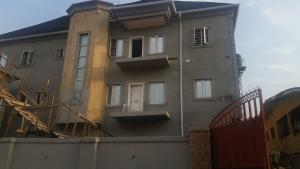 3 bedroom Penthouse Flat / Apartment for rent Arowojobe Oshodi Lagos