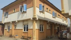 3 bedroom Blocks of Flats House for rent Mafoluku Oshodi Lagos