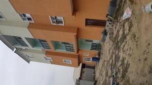 3 bedroom Flat / Apartment for sale Close to queens street Alagomeji Yaba Lagos - 1