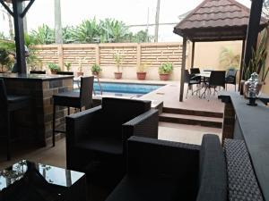 3 bedroom Flat / Apartment for shortlet Opebi Opebi Ikeja Lagos
