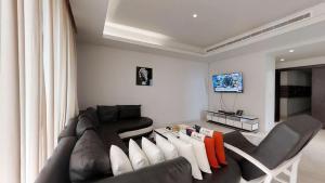 3 bedroom Flat / Apartment for shortlet 1412 ahmadu bello way Ahmadu Bello Way Victoria Island Lagos