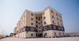 3 bedroom Flat / Apartment for sale Near Pinnoch Beach Estate and Friends Colony Osapa london Lekki Lagos - 0