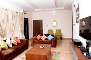 3 bedroom Flat / Apartment for shortlet Off Christ Avenue Lekki Phase 1 Lekki Phase 1 Lekki Lagos