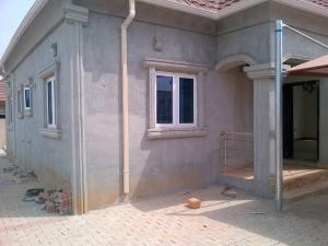 3 bedroom Detached Bungalow House for sale shimex estate Lugbe Abuja