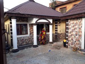 3 bedroom Detached Bungalow House for sale Mosan Ipaja road Ipaja Lagos