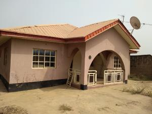 3 bedroom Detached Bungalow House for sale Olodo bank junction Ibadan Oyo