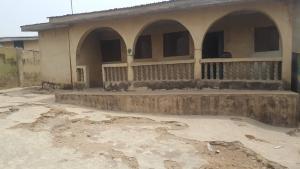 3 bedroom Detached Bungalow House for sale Oniyefun Thywill area, off amuloko olorunsogo road ibadan  Ibadan Oyo