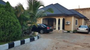 3 bedroom Detached Bungalow House for sale Pz Road, Off Sapele Road, Benin City  Oredo Edo