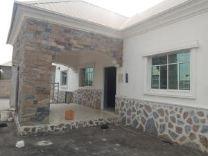 3 bedroom Detached Bungalow House for rent main street pent house estate Lugbe Abuja