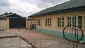 3 bedroom Detached Bungalow House for sale Simawa area behind Redeemed Church Sagamu Sagamu Ogun