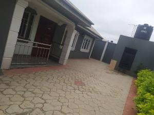 3 bedroom Flat / Apartment for rent Isebo Alakia Ibadan Oyo