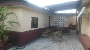 3 bedroom House for sale Behind County Hospital Aguda(Ogba) Ogba Lagos
