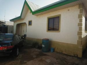 3 bedroom Detached Bungalow House for sale Barnawa phase 2 Kaduna South Kaduna