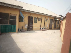 3 bedroom House for sale Lawani Street Off Ishaga Road   Ojuelegba Surulere Lagos