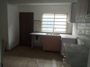 3 bedroom Terraced Duplex House for rent alpha court Iponri Surulere Lagos