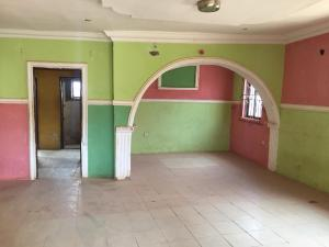 3 bedroom Flat / Apartment for rent Along nipco filling station Akobo Ibadan Oyo