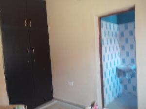 3 bedroom Blocks of Flats House for rent Zionist Akala express  Oluyole Estate Ibadan Oyo