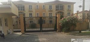 3 bedroom Flat / Apartment for rent Milverton Estate Lekki Lagos