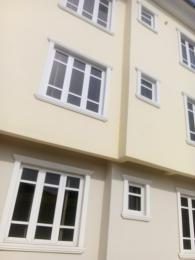 3 bedroom Flat / Apartment for rent Off ishaga road Western Avenue Surulere Lagos