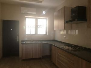 3 bedroom Flat / Apartment for rent by millennium estate after shoprite, ONIRU Victoria Island Lagos