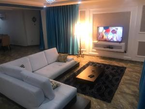 3 bedroom Flat / Apartment for shortlet Dideolu Estate Victoria Island Lagos