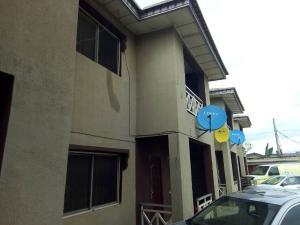 3 bedroom Flat / Apartment for rent Medina Atunrase Medina Gbagada Lagos