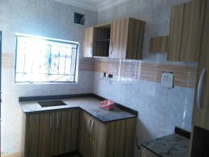 3 bedroom Flat / Apartment for rent No sobo siffre street, Arowojobe Estate,Mende Maryland, Lagos. Mende Maryland Lagos