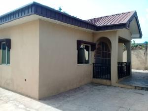 3 bedroom Block of Flat for rent yidi elebu, akala express Akala Express Ibadan Oyo