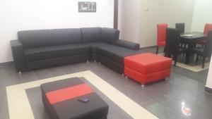 3 bedroom Shared Apartment Flat / Apartment for rent Adenuga close Sangotedo Ajah Lagos