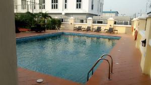 3 bedroom Block of Flat for sale Oniru ONIRU Victoria Island Lagos